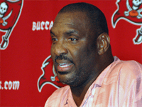 BuccaneersFan.com Douglas Lee Williams Tampa Bay Buccaneers Player 1978 to 1982
